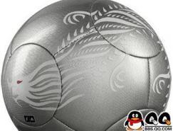 世界足坛十大比赛用球设计