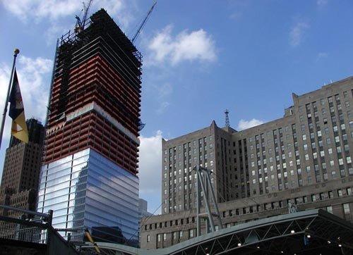 三层楼玻璃钢结构构办公楼图片
