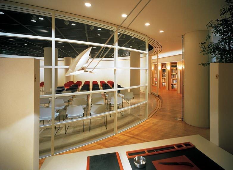 韩国室内设计师闵泳周期设计与制造期刊的审稿机械图片