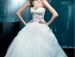 爱上一袭纯白婚纱