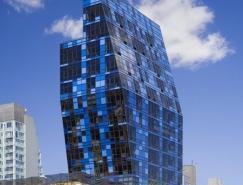 BernardTschumi作品:蓝玻璃大厦