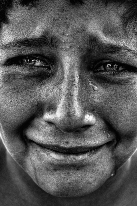 檄表情:记录视频人类的40张摄影作品(4)表情包的搞笑哀乐图片