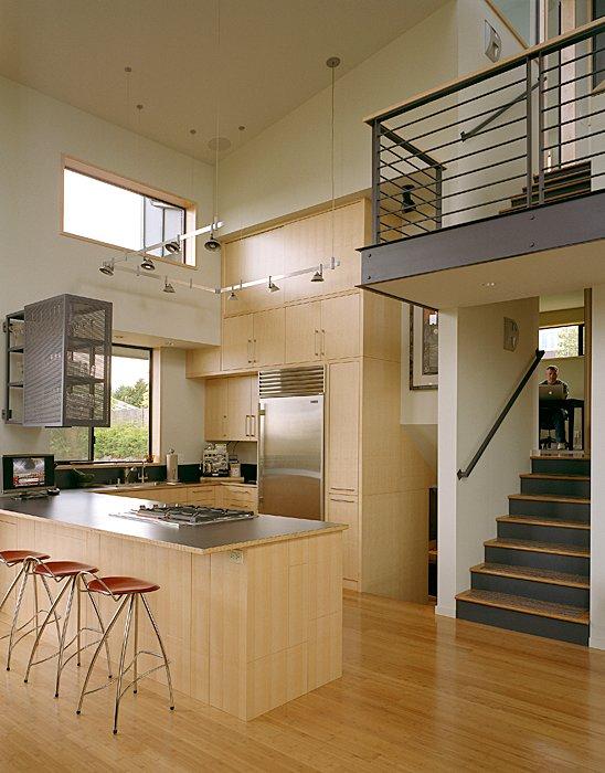 现代化改装:错层式房屋改装成5层别墅空间