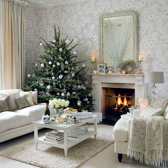 10个漂亮的创意圣诞树装饰图片