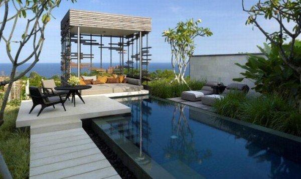 拥有室外泳池的现代豪华别墅 - 设计之家