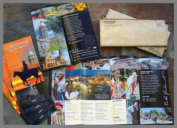 18张旅游宣传手册设计