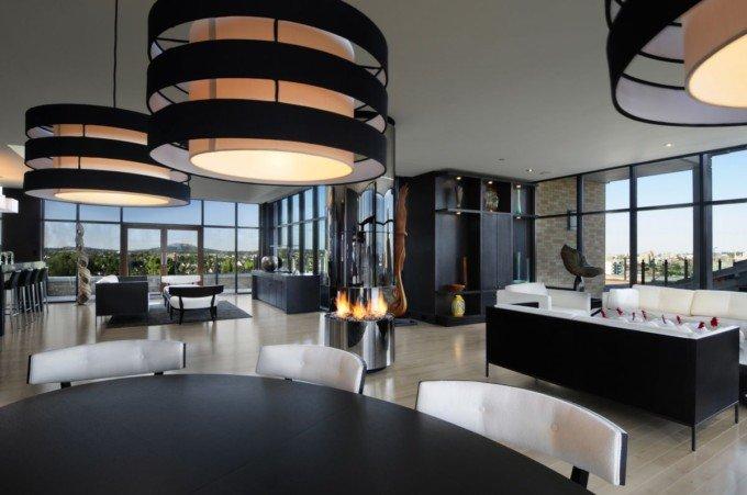 Smith设计的顶层豪华套房室内空间布局