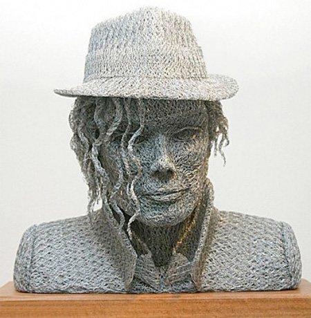 艺术家IvanLovatt铁线网3D名人肖像雕塑