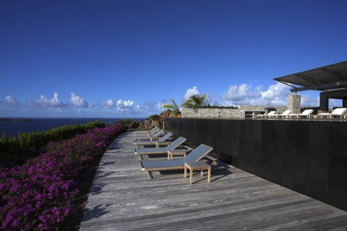 BarnesCoy事务所作品:法国圣巴特勒米岛的住宅设计