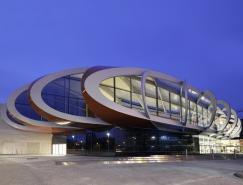 波浪型钢质屋顶:比利时Médiacité购物中心