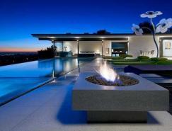 时尚室内设计的好莱坞山豪宅