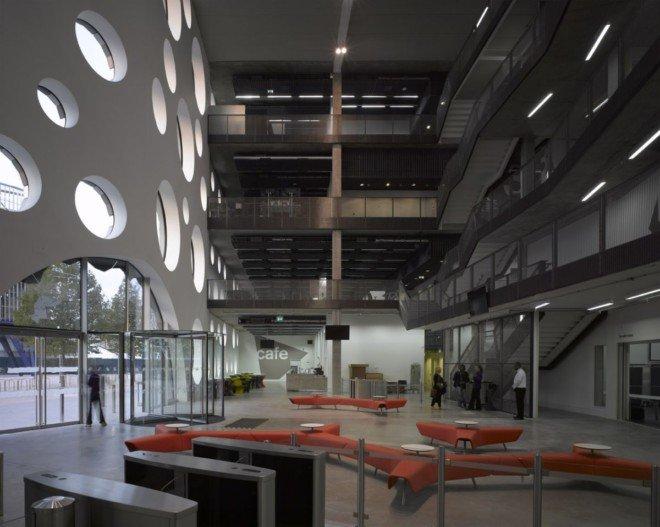 建筑欣赏:雷文斯本学院(RavensbourneCollege)