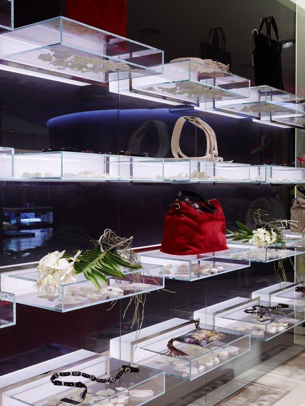 意大利eliseo时装店室内设计欣赏