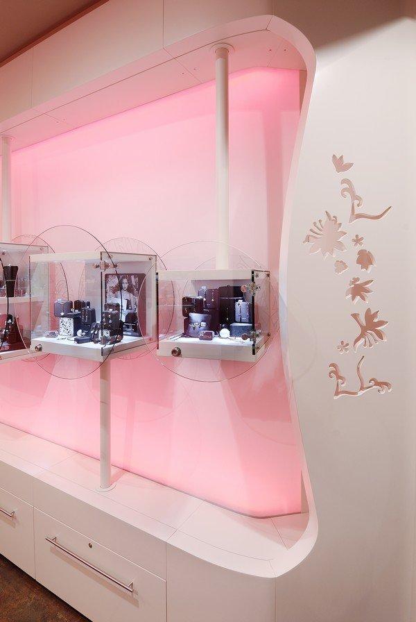 米兰Comete珠宝店室内设计
