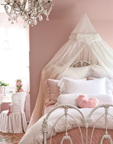 粉调可爱的儿童小卧室装修效果图欣赏