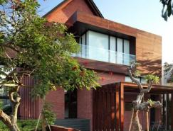 印尼Tangerang大气优雅的别墅设计