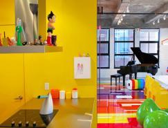 <b>现代艺术收藏家的彩色Loft空间设计</b>