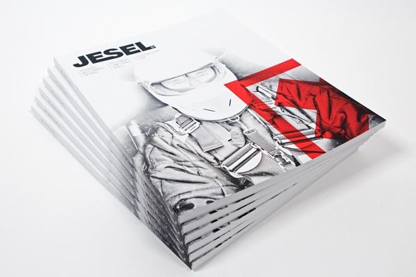 42个漂亮的杂志封面设计