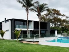 安靜而精致的新西蘭Lucerne住宅設計