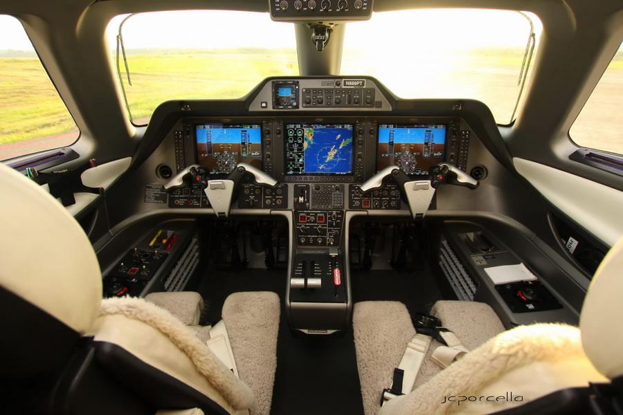 飞机驾驶舱摄影图片欣赏(3)