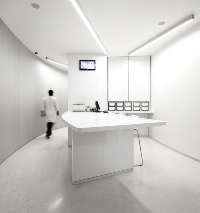 现代时尚的葡萄牙雷阿尔城Lordelo药房