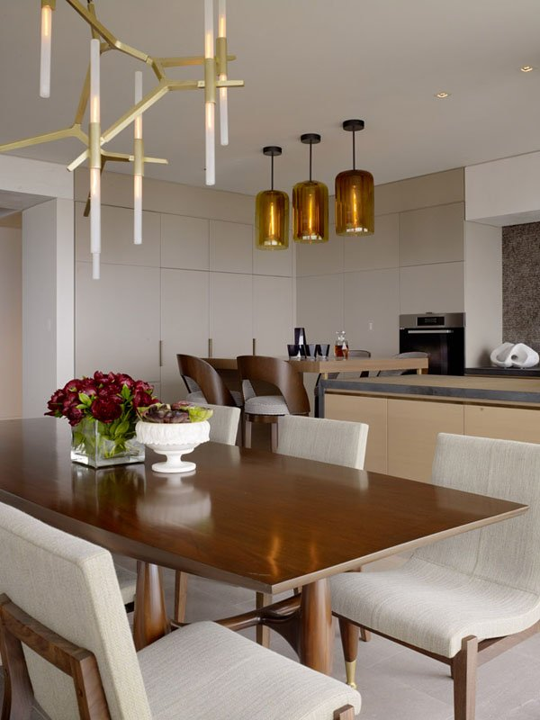 饱览旧金山美景:旧金山俄罗斯山现代豪华公寓设计