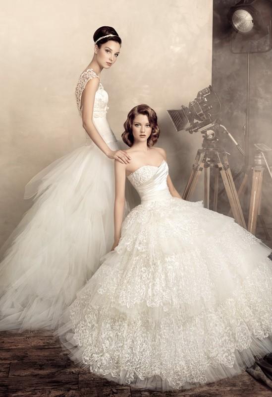 Andrey Yakovlev摄影作品:美丽的白色结婚晚礼服