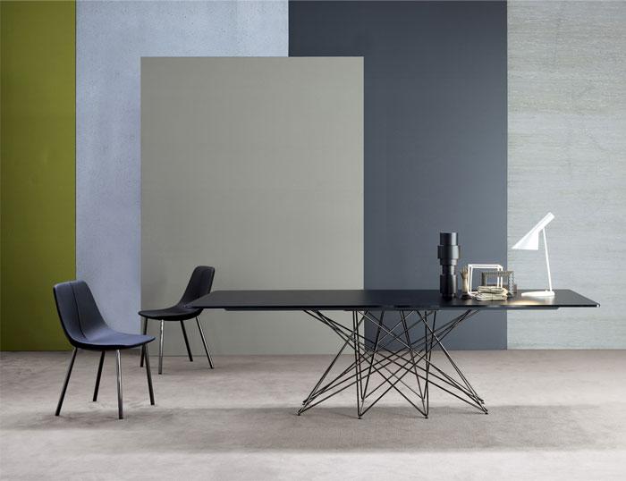 Bonaldo现代简约餐桌设计