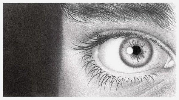 40个漂亮逼真的眼睛特写铅笔画欣赏