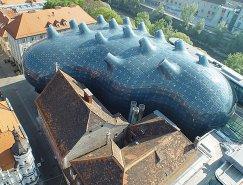 未来主义风格的格拉茨美术馆(Kunsthaus Graz)