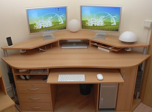 Diy Computer Desk In Bedroom