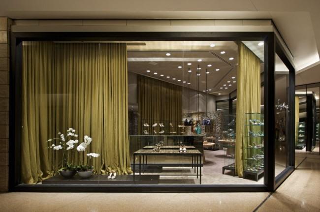 巴西鞋业品牌Luiza Barcelos零售店面设计
