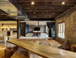 老工厂改造的现代开放式办公空间