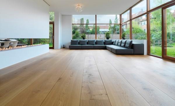 :漂亮的木地板