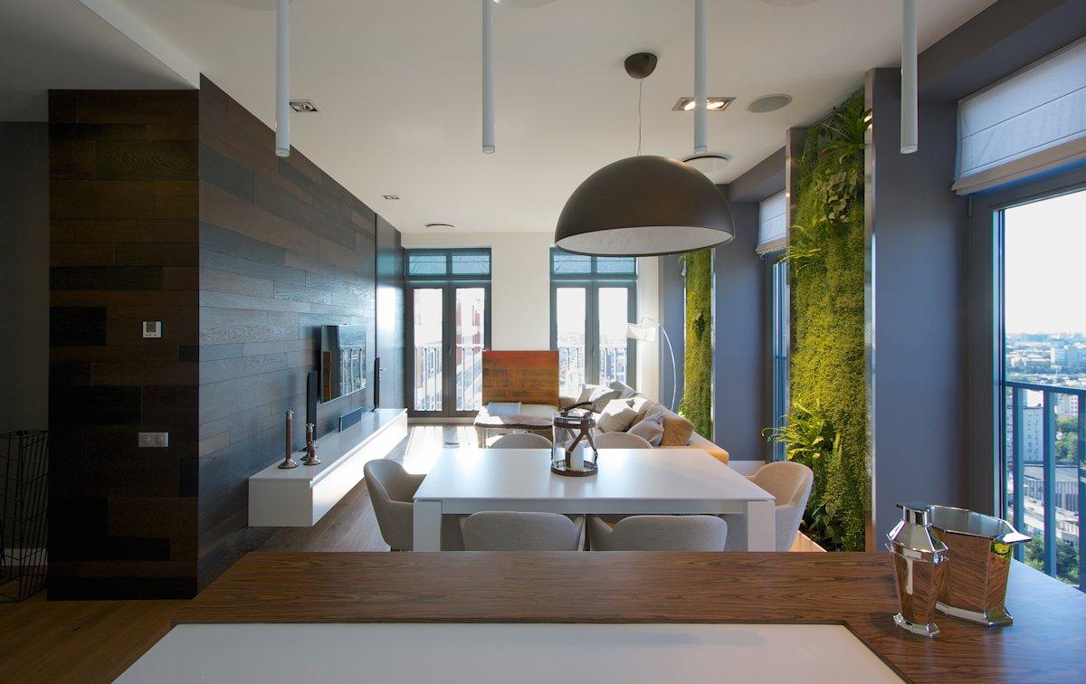 创意垂直绿化墙:乌克兰简约个性公寓欣赏