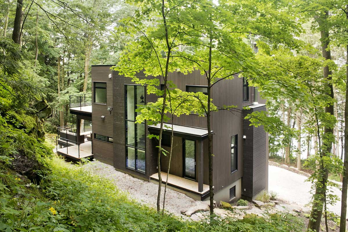 加拿大champlain湖邊林中別墅設計