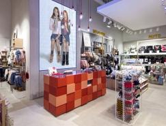 葡萄牙波爾圖Zippy服裝店設計