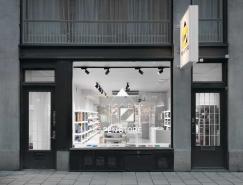 斯德哥尔摩极简风格的笔店设计
