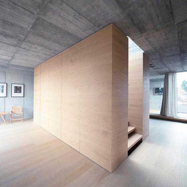 穿孔金属板覆盖的极简装修风格别墅(2)