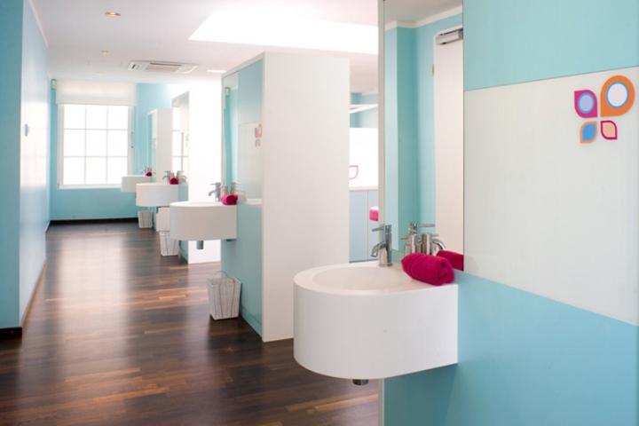 国外牙科诊所创意空间设计