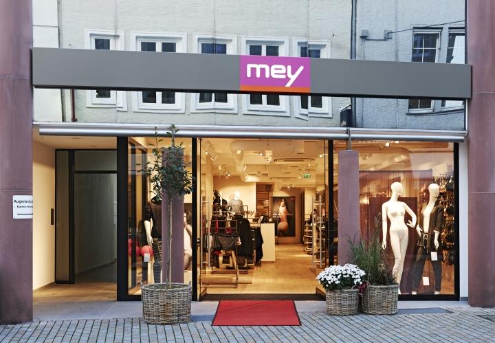 内衣品牌MEY专卖店设计