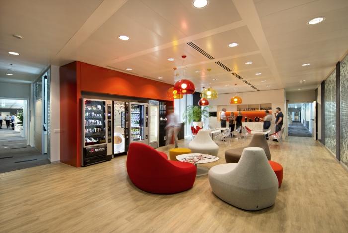 全球资讯_Nestle雀巢米兰总部办公空间设计 - 设计之家