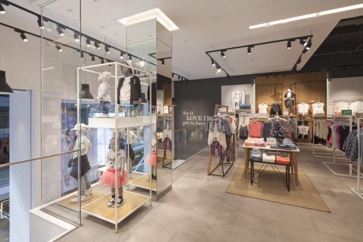 快时尚品牌Lindex伦敦专卖店室内空间设计
