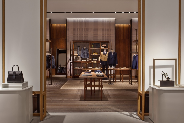 泰国Siwilai潮流购物中心店面设计