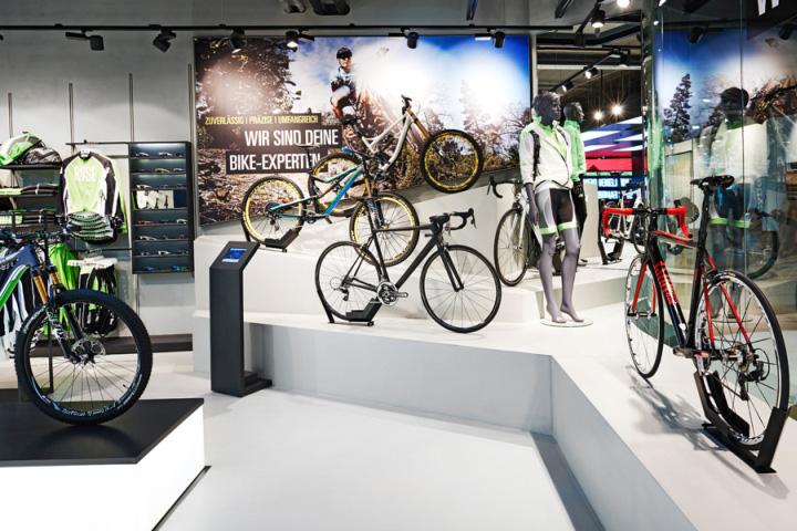 Rose Biketown动感自行车店设计