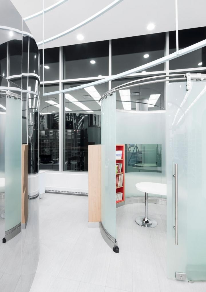 蒙特利尔Uniprix药店室内设计