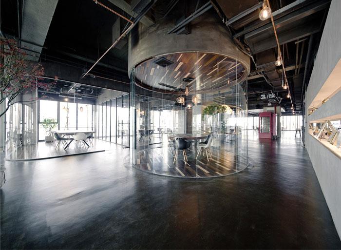 数字营销网络LEO上海总部开放式办公空间设计