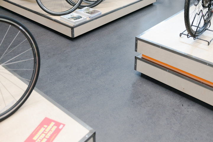 London Fields自行车店空间设计