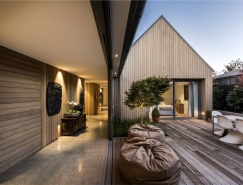 新西兰Christchurch围合式院落住宅设计