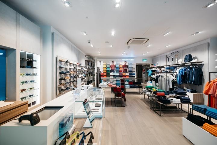 曼彻斯特Lacoste专卖店空间设计